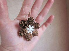 Mini Pine Cone Guirnalda de Adornos, regalo Topper, colgantes del árbol de navidad, copo de nieve Decoración, Adorno de vacaciones, Decoración natural, rústico Conos: