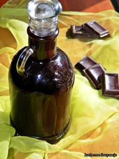 Domowy syrop czekoladowy Homemade Chocolate Syrup, Polish Recipes, Irish Cream, Smoothie Drinks, My Favorite Food, Korn, Sweet Recipes, Beverages, Food And Drink