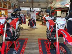 Honda store MX-Academy, we welcome you for a visit! Motocross Shop, Honda Dirt Bike, Golf Bags, Racing, Motorcycle, Store, Vehicles, House, Shopping