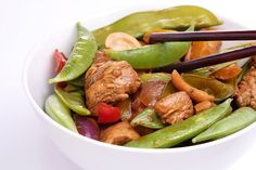 7 Recipes That Give Popular Restaurant Meals a Healthy Makeover - Page 3 Easy Delicious Recipes, Healthy Dinner Recipes, Whole Food Recipes, Amazing Recipes, Weight Loss Meals, Healthy Recipes For Weight Loss, Healthy Weight, Healthy Liver, Healthy Eating