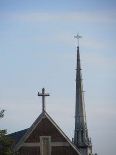 Bethlehem Lutheran Church crosses in Richmond, Virginia via The Gracious Posse