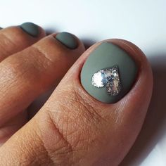 Over 50 Incredible Toe Nail Designs for Your Perfect Feet - Simple Lovely Toe Nails Design With Heart Accent ❤Over 50 Incredible Toe Nail Designs for Your Pe - Fall Toe Nails, Pretty Toe Nails, Cute Toe Nails, Summer Toe Nails, Toe Nail Art, Halloween Toe Nails, Accent Nail Designs, Heart Nail Designs, Toe Designs