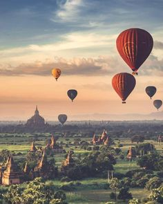 Transported into another world ✨ Bagan, Burma, Myanmar. Photo by 💖 Good stuff Good Vibes 💖 Inspiring self help ebook 📓 ⚜️ introduce new and transformative ideas 🔝. Bagan, Cool Places To Visit, Places To Go, Destination Voyage, Travel Abroad, Wonderful Places, Beautiful Places, Beautiful Landscapes, Istanbul