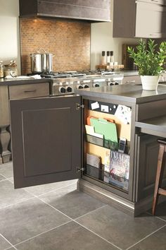 Kitchen Cabinet Ideas - CLICK THE PIC for Many Kitchen Ideas. #cabinets #kitchenstorage