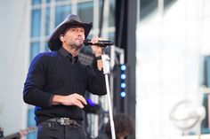 Tim McGraw performs on <I>Good Morning America</I> on Nov. 4, 2015, in Nashville.