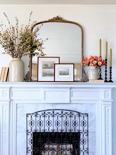 Fall Mantel Decorating Ideas To Try! - Classic Casual Home - Fall Mantel Decorating Ideas To Try! – Classic Casual Home Fall Mantel Decorating Ideas To Try! – Classic Casual Home This uses vintage crock and books with newer candlesticks. My Living Room, Home And Living, Living Room Decor, Decor Room, Decoration Bedroom, Diy Fireplace, Decorating Fireplace Mantels, Mantels Decor, Mirror Over Fireplace