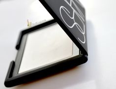Light_Reflecting_Setting_Powder_NARS_01