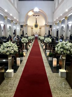 Church Wedding Decorations Aisle, Wedding Pews, Wedding Isles, Romantic Wedding Hair, Church Ceremony, Elegant Wedding Dress, Quinceanera Decorations, Summer Wedding Colors, Marie