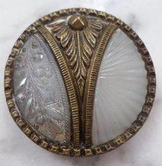 Antique Asthetic Movement /Art Deco Molded Glass and Brass Coat Button Art Nouveau, Art Deco, Button Cards, Button Button, Aesthetic Movement, Glass Molds, Vintage Buttons, Bead Art, Vintage Sewing