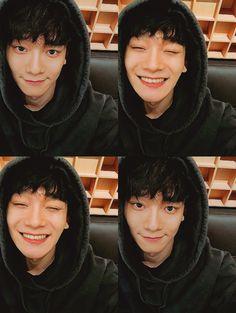 Cute no makeup Chen ♥ - Exo - Info Korea Exo Chen, Exo Ot9, Kris Wu, Luhan And Kris, K Pop, Shinee, Baekhyun Chanyeol, Kpop Exo, Kaisoo
