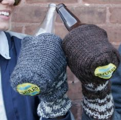 beer gloves!! Freakin FABULOUS! Why didn't I think of that? @Stephanie Beach this would've been perfect for happy hour!