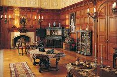 Oak Sitting Room that connects George Vanderbilt's bedroom to his wife Edith's bedroom.