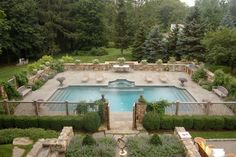 Poolside Living--Swimm Pool & Patio http://www.donnavining.com/2014/06/30/poolside-living/