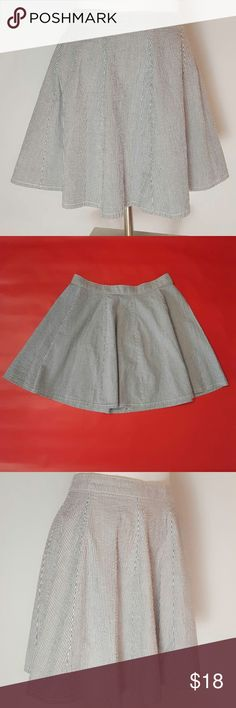 "Victoria's Secret Striped Full Skirt Victoria's Secret Striped Full Skirt. Fun & flirty. Size 2. Color: white, grey. 100% cotton. Measurements: 28"" waist, 48"" hips, 16 3/4"" length. Victoria's Secret Skirts A-Line or Full"