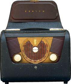 Zenith H-503 portable AM radio