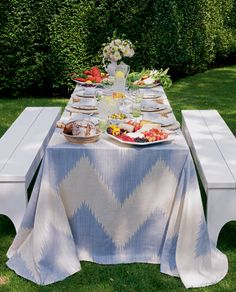 aerin:  SUMMER IN THE COUNTRY In summer, everything's fresh and ripe and it's easy to make a great meal.