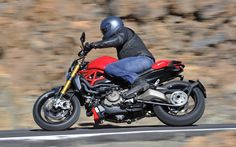 The 1200S in action. - Photo Gallery - Cycle Canada