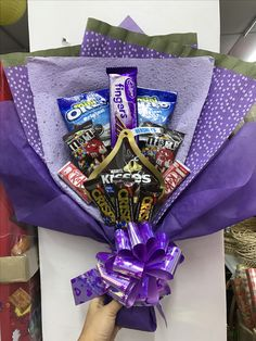 Teacher gift baskets, chocolate flowers bouquet, diy gifts for friends, can Valentine Gifts For Husband, Valentines Diy, Gifts For Kids, Candy Bouquet Diy, Diy Bouquet, Boquet, Homemade Gifts, Diy Gifts, Chocolate Flowers Bouquet
