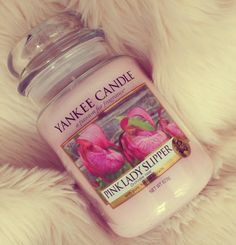 Yankee Candles Pink Lady Slipper, a fresh sweet floral scent of pink lady slipper flowers