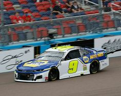 Chase Elliott Nascar, Nascar Race Cars, Paint Schemes, Old School, Chevy, Universe, History, Sports, Ideas