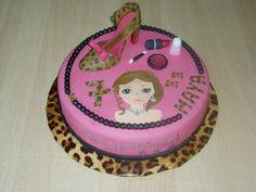 Top Model Cake