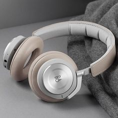 The @beoplay H9i. #headphones -- @beoplay Gaming Headphones, Best Headphones, Over Ear Headphones, Cool Tech, 3c, Stylish, Product Design, Gadgets, Audio