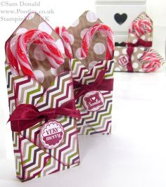 ADVENT COUNTDOWN 11 Envelope Punch Board Candy Cane Box