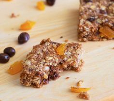 DESSERT  Dark Chocolate Apricot Granola Bar