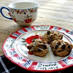 Healthy homemade chocolate chip cookies in 20 minutes - no lie!  Gluten free - grain free - dairy free