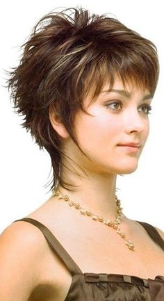 21 New Style Short Haircuts Will Make You Fashionable Without Scissors - Wass Sell hashtags Bob Haircut Curly, Shaggy Short Hair, Short Haircuts With Bangs, Short Hairstyles For Thick Hair, Short Hair With Layers, Short Hair Cuts For Women, Bob Haircuts, Girl Hairstyles, Curly Bob