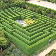 topiary hedge mazes | Hedge Mazes | Enchanted Maze Garden, Mornington Peninsula family ...