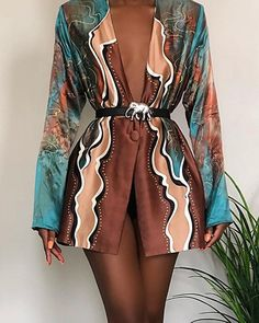 boutiquefeel / Print Long Sleeve V Neck Blazer Dress Classy Outfits, Chic Outfits, Summer Outfits, Estilo Fashion, Look Vintage, Mode Streetwear, Blazer Dress, Dress Shoes, Mode Outfits