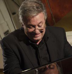 """El pianista y compositor José María Vitier presenta """"TARDE EN LA HABANA"""" en Valladolid http://www.revcyl.com/web/index.php/cultura-y-turismo/item/9073-el-pianista-y-compositor-jose-maria-vitier-presenta-tarde-en-la-habana-en-valladolid"""