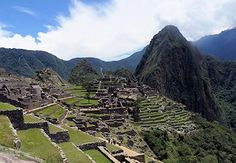 #MachuPicchu proposal requires guides and 3-5 minutes at certain locations. Not good news. #PeruTravel #Peru