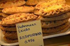 Vanha Kauppahalli (Old Market Hall) (fede_gen88) Tags: old food suomi finland pie hall helsinki nikon europe market pastry finnish kauppahalli karjalan vanha piirakka riisi carelian d5100