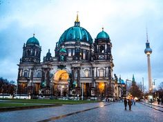 Berlin City Guide & Where History Meets Culture Berlin City Guide – Where History Meets CultureI've loved Germany since I was a teenager, visiting with the school to practice our langu Berlin City, Berlin Wall, Travel Around The World, Around The Worlds, European Honeymoons, Museum Island, City Vibe, City Break, Eastern Europe