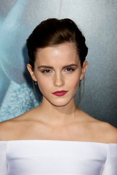 "Emma Watson @ ""Gravity"" Premiere in NYC, 01 October 2013"