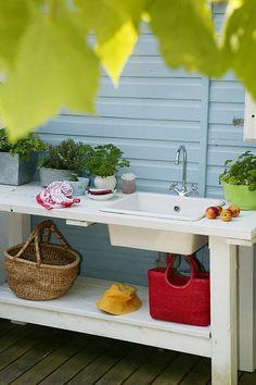 Outdoor kitchen by Anna Linder