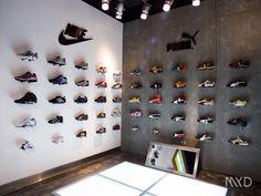 Design 3d, Stand Design, Showroom Design, Shop Interior Design, Pine Wood Texture, Fancy Store, Timberland Store, Peg Wall, Shoe Store Design