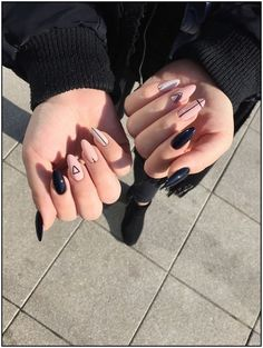 nails - 30 amazing winter with violet acrylics nail art 00052 Matte Nail Art, Best Acrylic Nails, Acrylic Nail Art, Acrylic Summer Nails Almond, Winter Acrylic Nails, Almond Nail Art, Trendy Nails, Cute Nails, Edgy Nails