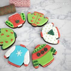 Ugly Xmas Sweater, Christmas Sweaters, Cookie Decorating, Christmas Cookies, Clay, Canning, Desserts, Mavis, Food