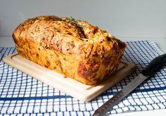Tomato Cake, Tomato Bread, Pastry Recipes, Cooking Recipes, Bread Recipes, Savoury Recipes, Cooking Ideas, Food Ideas, Soup Recipes