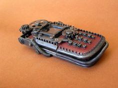Super ces téléphones portables Steampunk de Ivan Mavrovic