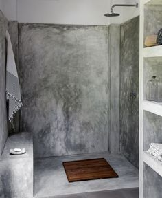 Sea Change: Expat House Sri Lanka The shower in the bathroom has polished cement walls, a slatted wood mat from Barefoot, Colombo, and a hammam towel from the Grand Bazaar, Istanbul Modern Master Bathroom, Modern Bathroom Design, Bathroom Interior Design, Modern House Design, Home Interior, Small Bathroom, Bathroom Black, Bathroom Showers, Bathroom Ideas