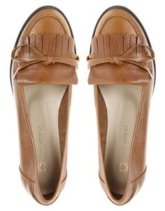 Tendance Chaussures 2017/ 2018 : Tendance Chaussures 2017/ 2018 : River Island Deck Fringe Trim Loafer at asos.co...