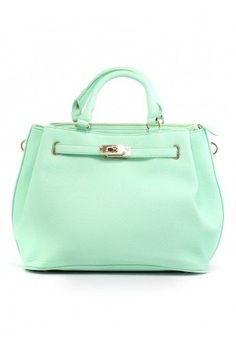 Love the style of the bag and the color