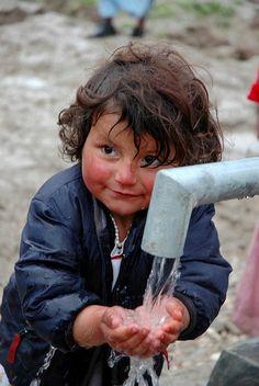 oOoohhh...... boy you're so sweet!! <3 Afghanistan