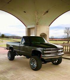 Custom Pickup Trucks, Chevy Pickup Trucks, Gm Trucks, Chevy Pickups, Chevrolet Trucks, Diesel Trucks, Cool Trucks, Chevy Silverado, Sterling Trucks