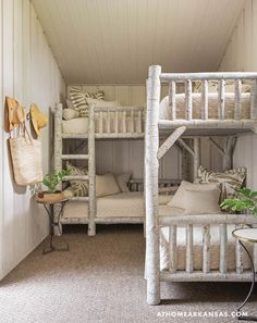 Designer Heather Chadduck Hillegas blends modern aesthetics and iconic architecture for a comfortable family retreat at Eden Isle Bunk Bed Rooms, Custom Bunk Beds, Elegant Living Room, 3d Home, Home Bedroom, Girls Bedroom, Cabin Bedrooms, Rustic Bedrooms, Room Inspiration