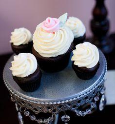Gourmet Cupcakes and Cakes : Weddings : Wicked Good Cupcakes